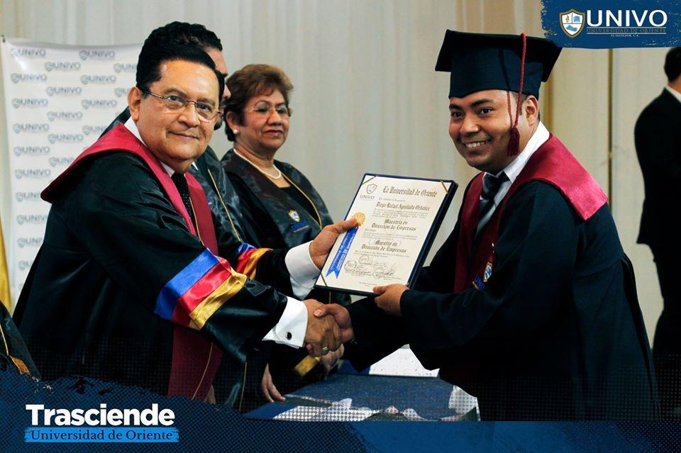 Graduación de Escuela de Postgrado