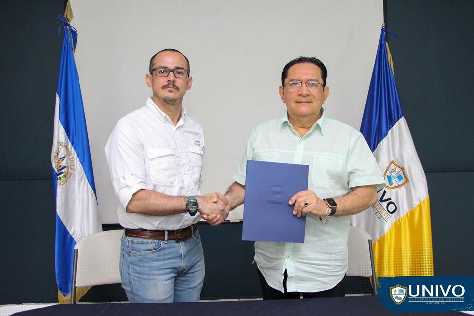 """Firma de Carta de Entendimiento"""" entre FUNDAGEO y UNIVO"""