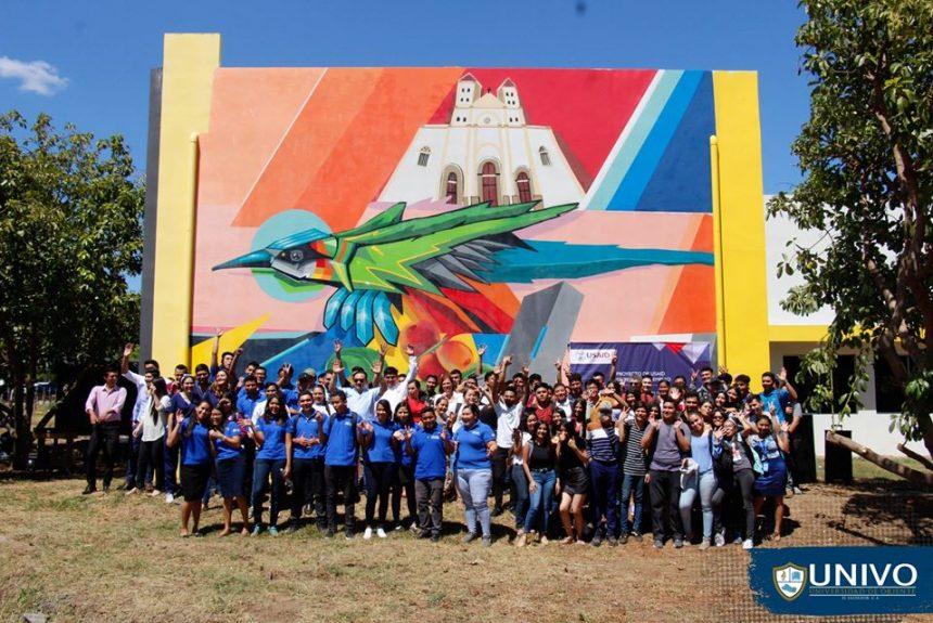 En Ciudad Universitaria UNIVO se realizó la develación del mural que USAID