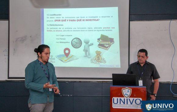 La Dirección de Investigación raliza capacitación a docentes de la Facultad de Ciencias Jurídicas