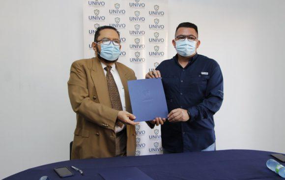 La UNIVO realiza convenios con alcaldías.