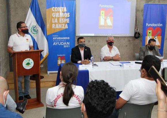 Fundación Gloria de Kriete y UNIVO firman carta de entendimiento